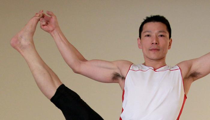 Yoga teacher — Eddy<br /><p>相信嗎?我是一位自由車選手,長年的騎程訓練及比賽練就一雙強健的大腿,而在其他俱樂部多數從事的是飛輪的教學</p>