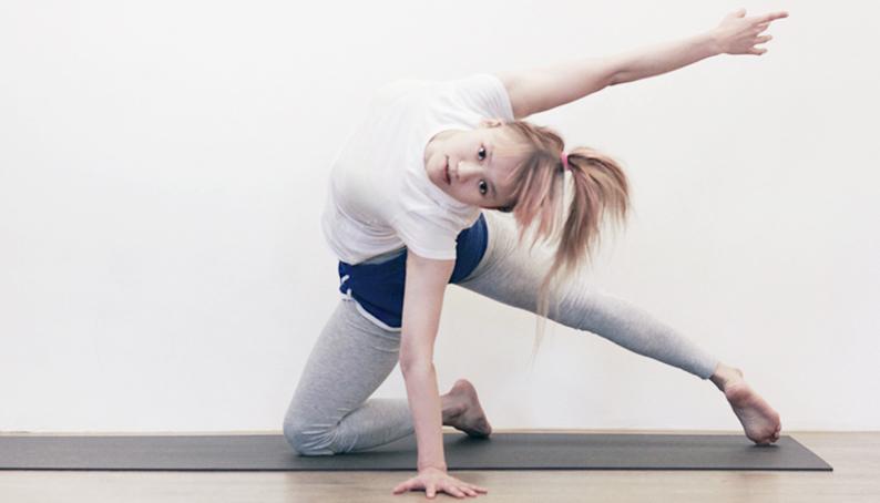 肢體開發-Swift<br /><p>跳舞和瑜珈,對有些人而言也許是運動或修行,但對我而言,這就是生活。<br /> 一開始練習瑜珈,是為了讓因跳舞而疲累的身體能得到復原~</p>
