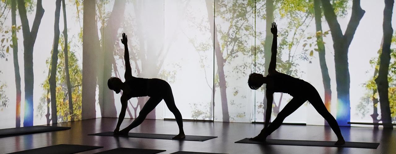 投影式瑜珈