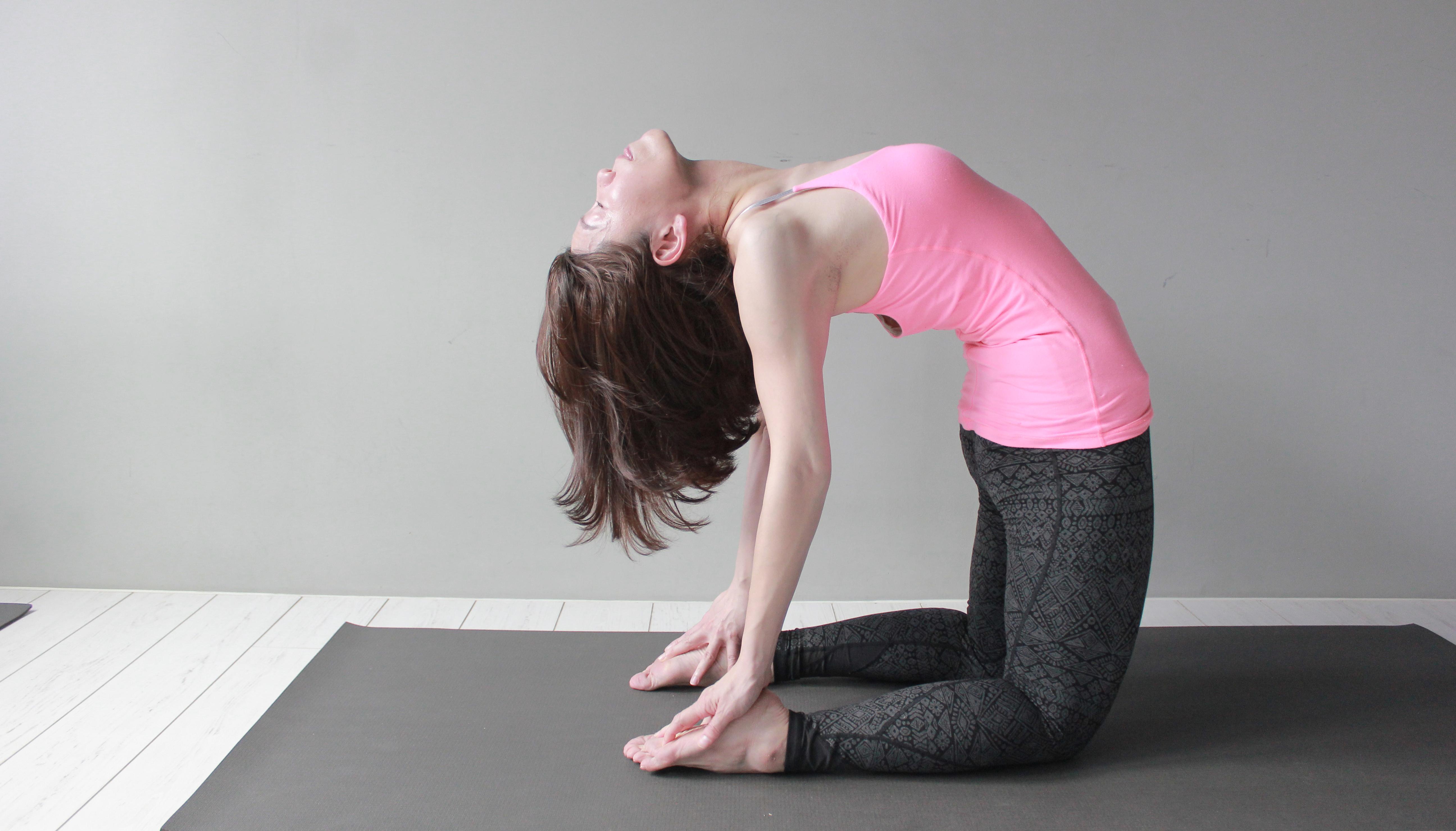 Yoga Teacher –Anny<br /><p>一開始踏上瑜珈旅程,是在大學時代, 經歷了ASHTANGA和傳統印度HATHA YOGA的洗禮之後,因緣際會下去了印度,生命總是會在適當的時候給予我引導。</p>