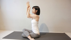 yoga teacher - farah