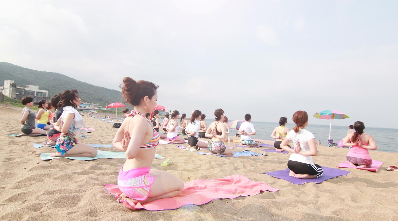 Yoga Journey surfing yoga 3