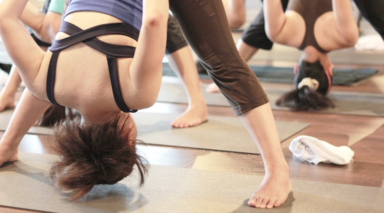 Yoga Journey HOT YOGA FOR A STRONGER CORE